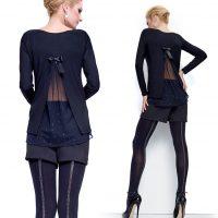 maglia nera con inserto in tulle e strass